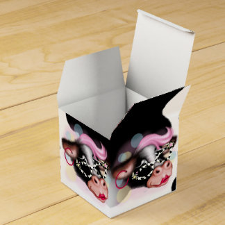 MOO FACE CARTOON Classic 2x2 Favor Boxes