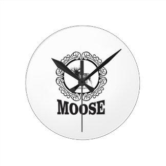 more moose ring round clock