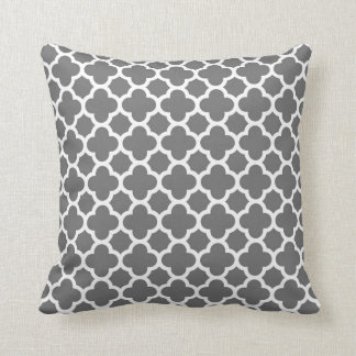 Moroccan Clover Quatrefoil in Grey and White Throw Pillow
