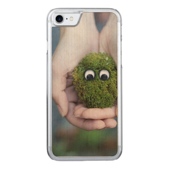 Moss eyes carved iPhone 7 case