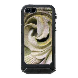 Mossy Stone Leaves Incipio ATLAS ID™ iPhone 5 Case