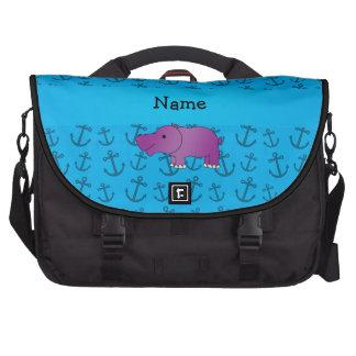 Motif bleu personnalisé d'ancres d'hippopotame sacoches ordinateurs portables