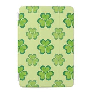 Motif chanceux vert élégant de trèfles de protection iPad mini