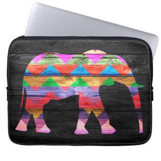 Motif d éléphant de Chevron sur le bois Trousse Ordinateur