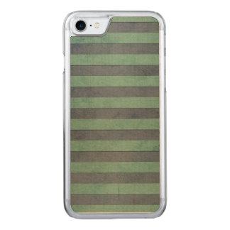 Motif de rayures de vert sauge et de gris coque iphone 7 en bois