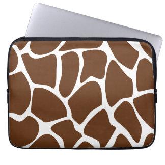Motif d'impression de girafe dans Brown foncé Housse Ordinateur Portable