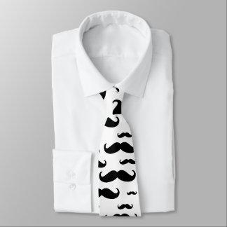 Motif noir de moustache cravate