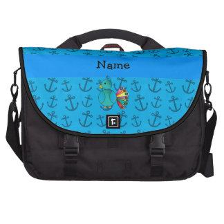 Motif nommé personnalisé d'ancres de bleu de paon sacoches ordinateur portable