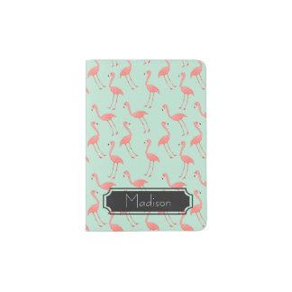 Motif rose de flamant avec le prénom protège-passeport