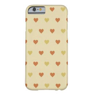 Motif vintage de coeur - arrière - plan beige coque iPhone 6 barely there
