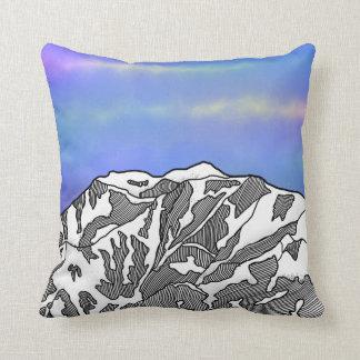 Mount Logan illustration Throw Pillow