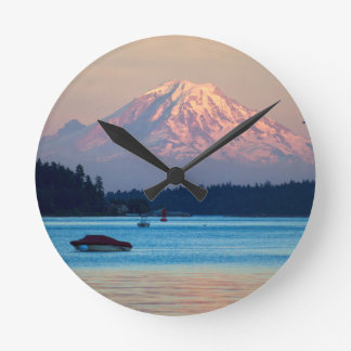 Mount Rainier Round Clock