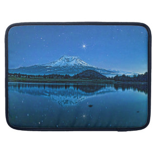 MOUNT SHASTA BY STARLIGHT SLEEVE FOR MacBook PRO