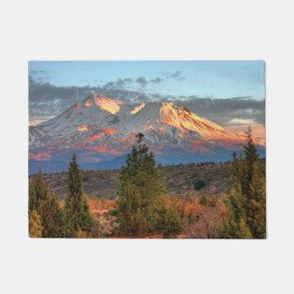 MOUNT SHASTA IN AFTERNOON SUN DOORMAT