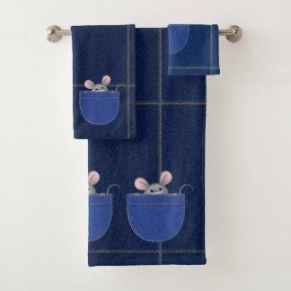 Mouse in Pocket Bath Towel Set