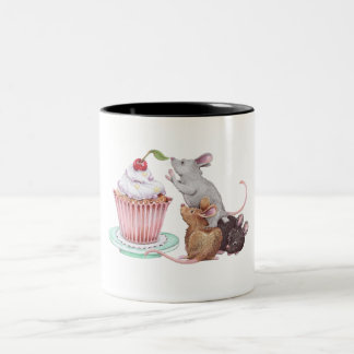 Mouse pyramid Two-Tone coffee mug