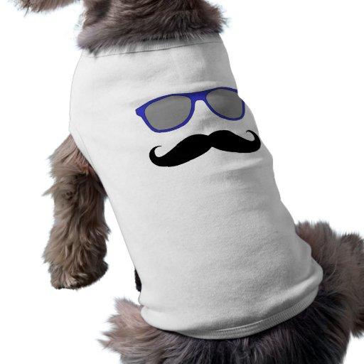 Moustache et humeur bleue de lunettes de soleil tee-shirts pour animaux domestiques