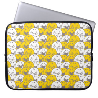 Mr Happy | Flashing Smiles Pattern Laptop Sleeve