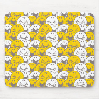 Mr Happy | Flashing Smiles Pattern Mouse Pad