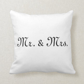 Mr & Mrs Pillow