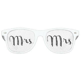 Mrs. Black on White Retro Sunglasses