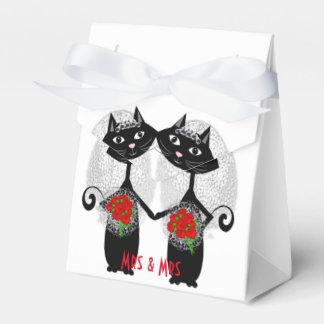Mrs + Mrs Lesbian Marriage Cat Cute Brides Wedding Wedding Favor Boxes