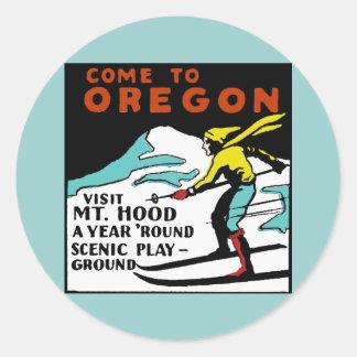 Mt. HOOD OREGON - Vintage Travel Classic Round Sticker
