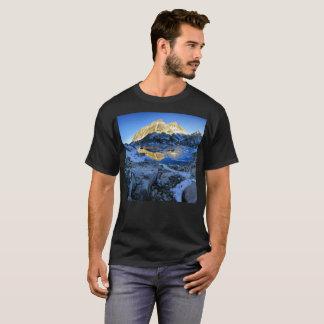 Mt Izaak Walton Over Bighorn Lake Sunrise - Sierra T-Shirt