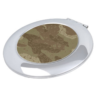 Mud camouflage travel mirror