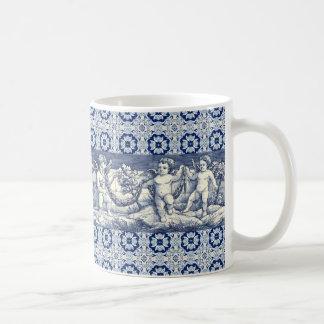 mug azulejos cherubs