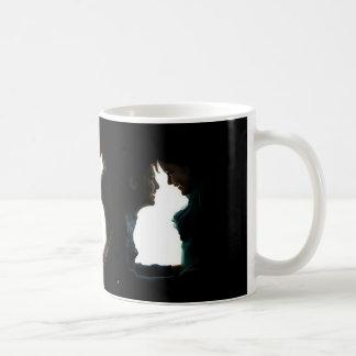 mug optics illusion