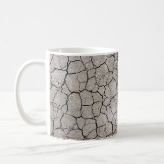 Mug with a dry soil structure