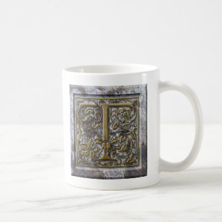 """Mug with the initial """"T"""""""