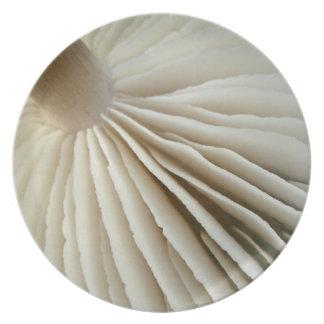 Mushroom gills plate