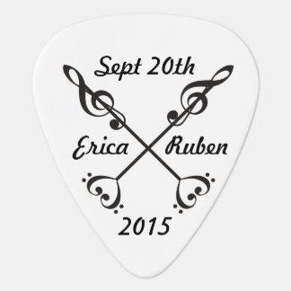 Music Arrow Crossing Guitar Pick