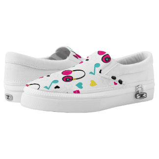 Musical Notes Skulls Headphones and Hearts Pattern Slip-On Sneakers
