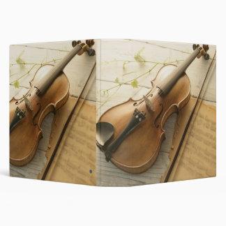 Musique de violon et de feuille classeur 3 anneaux