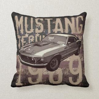 Mustang mechanical power throw pillow