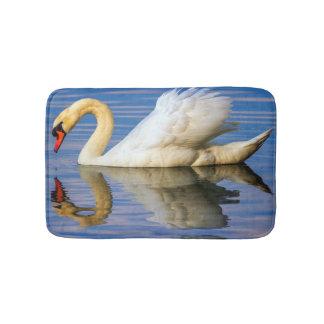 Mute swan, cygnus olor bath mat