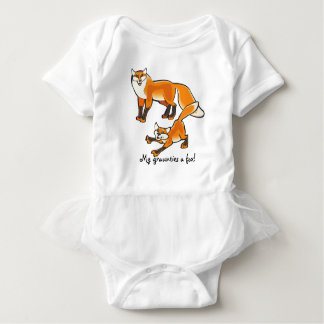 My graunties a fox! Cute fox graphic Baby Bodysuit