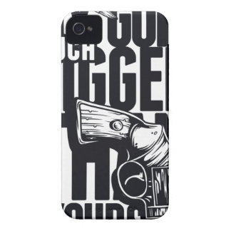 MY GUN IS MUCH BIGGER THAN YOURS iPhone 4 Case-Mate CASE