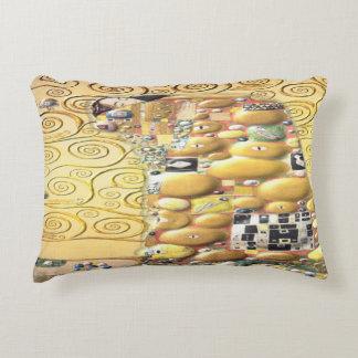 My Klimt Serie : Embrace Accent Pillow