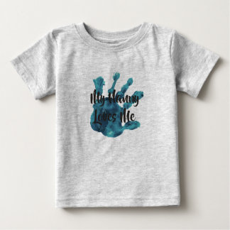 my nanny loves me8 baby T-Shirt