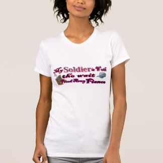 My solider is worth the wait-Army fiance T-Shirt