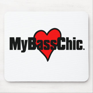 MyBassChic(tm) Crimson Heart Mouse Pad