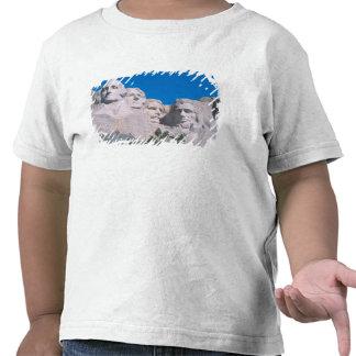 NA, USA, SD, Mount Rushmore. Tee Shirt