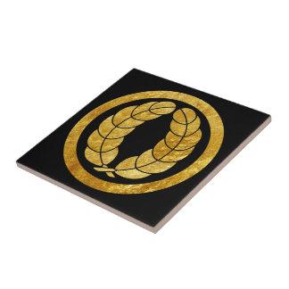 Nakagawa Mon Japanese samurai clan in faux gold Tile