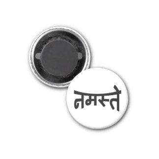 Namaste (नमस्ते) - Devanagari Script 1 Inch Round Magnet