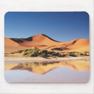 Namibia, Sossusvlei Region, Sand Dunes at desert Mouse Pad