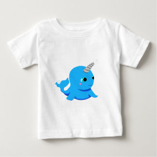 Narwhal snowball fight! baby T-Shirt